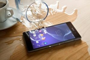 telefonas įkrito į vandenį